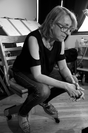 Cheryl Gross in her studio