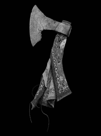 fig-4-axe-and-tapestry-copy